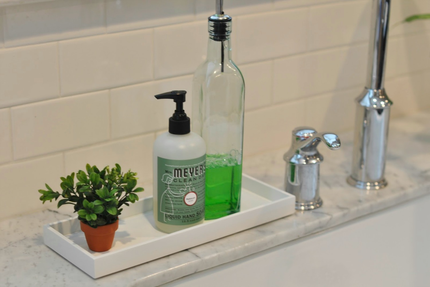15 Inspired Ways To Store Your Cleaning Products