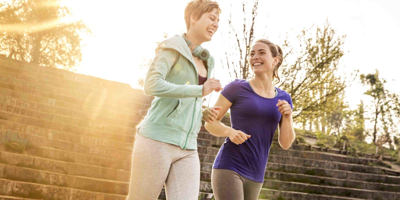 Study Finds That Regular Brisk Walking Is More Effective ...