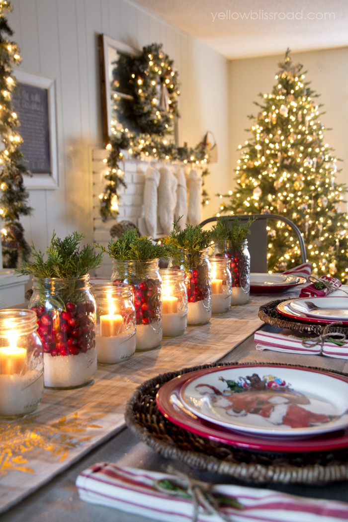 32 christmas table decorations centerpieces ideas for holiday table decor womans day - Ideas For Christmas Table Decorations