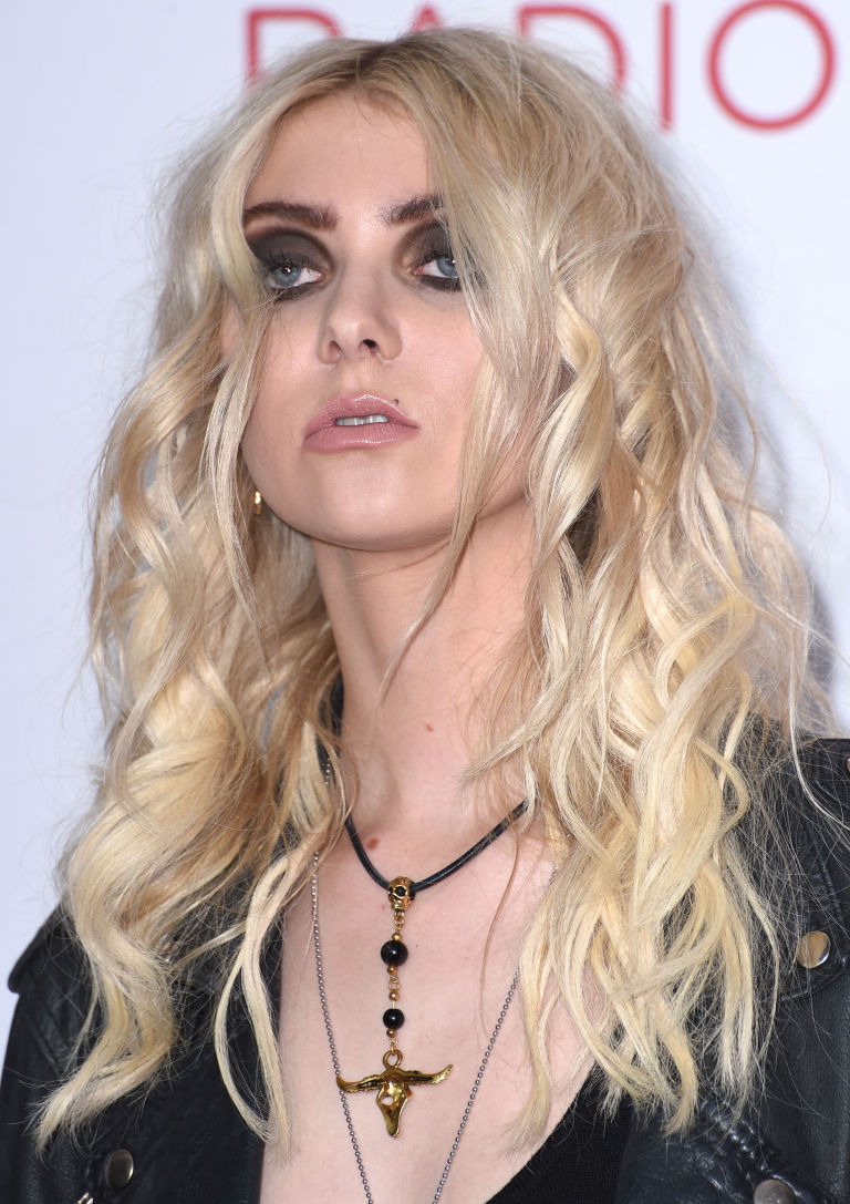 What Taylor Momsen Looks Like Now - Cindy Lou Who How the Grinch ...