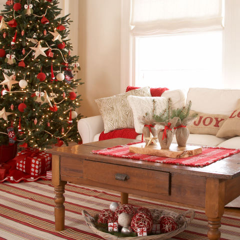 Christmas ideas 2017 holiday decorating food and gifts for Home decorations after christmas