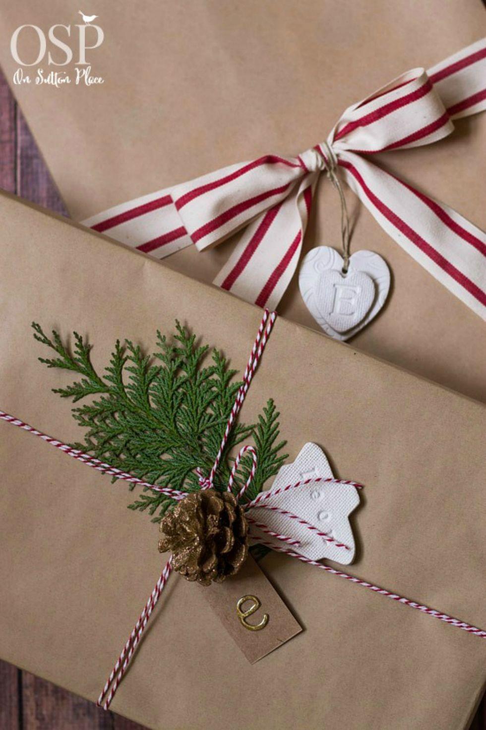 38 christmas gift wrapping ideas creative diy holiday gift wrap negle Choice Image