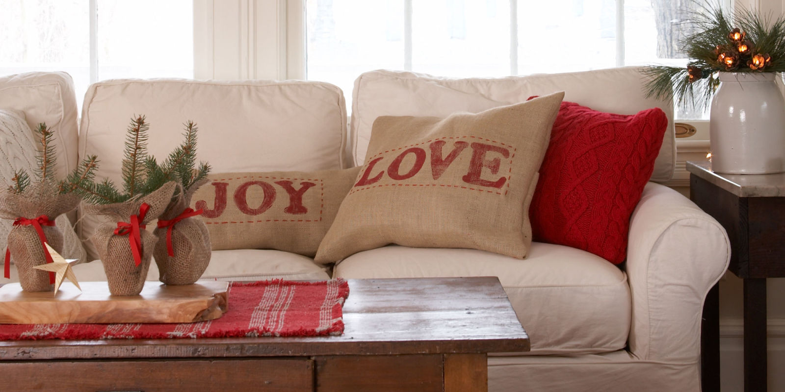 How To Organize Your House For Holiday Guests In Under 15