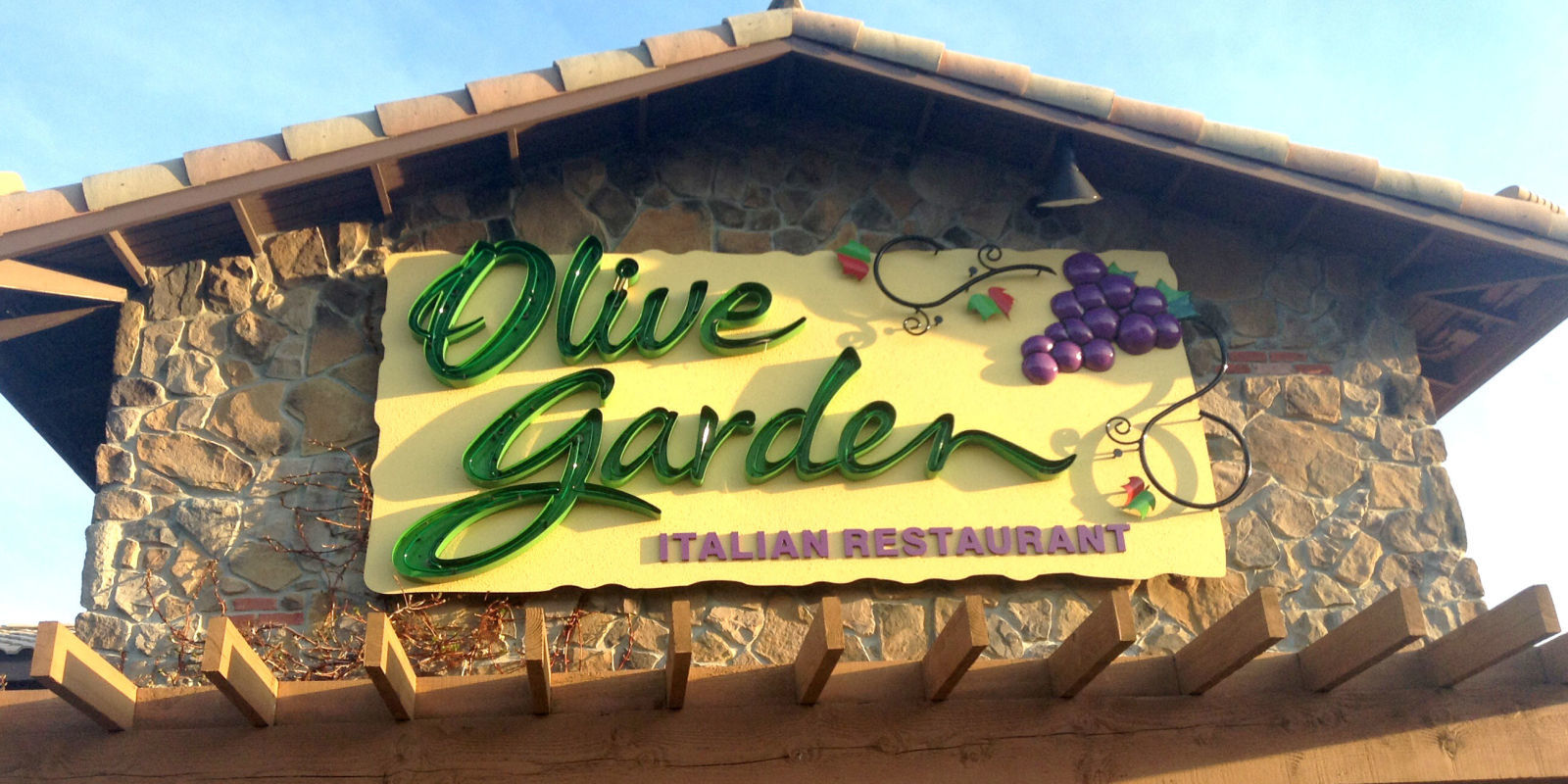 14 Things You Need To Know Before Eating At Olive Garden
