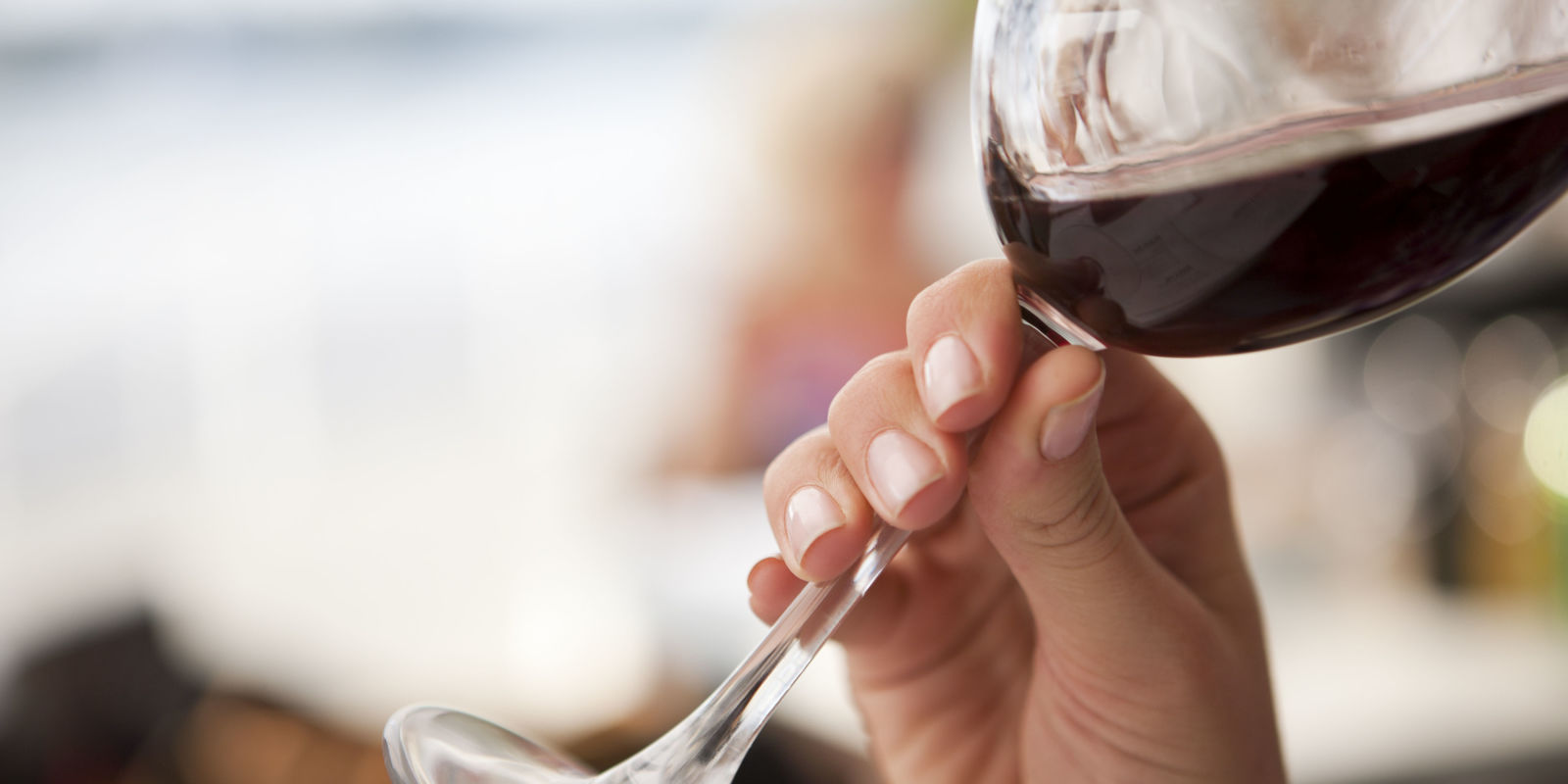 Marlisse A Cepeda 6 Easy Ways To Avoid Red Wine Stains On Your Teeth Wine