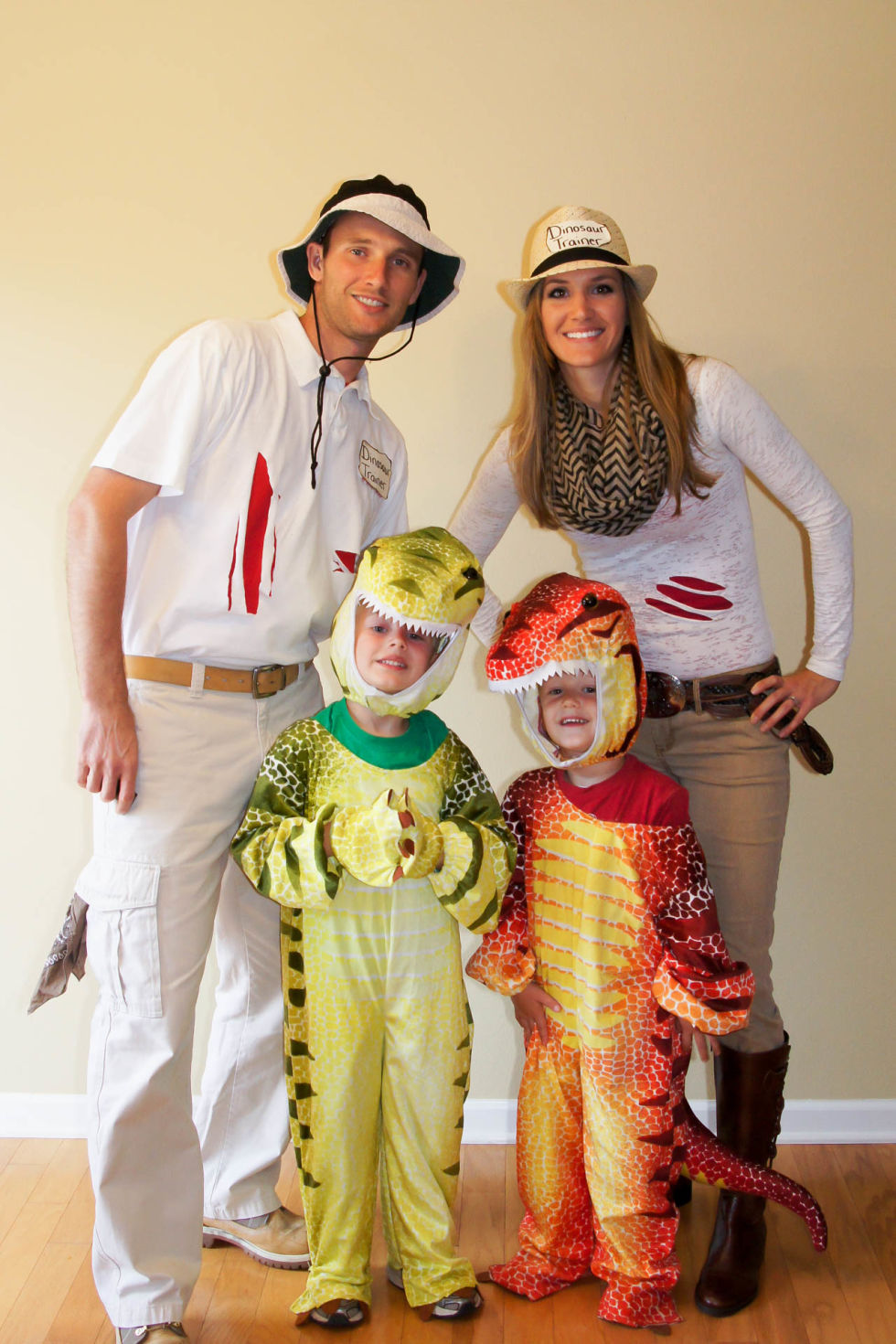 40 best family halloween costumes 2017 cute ideas for themed costumes for families - Baby And Family Halloween Costumes