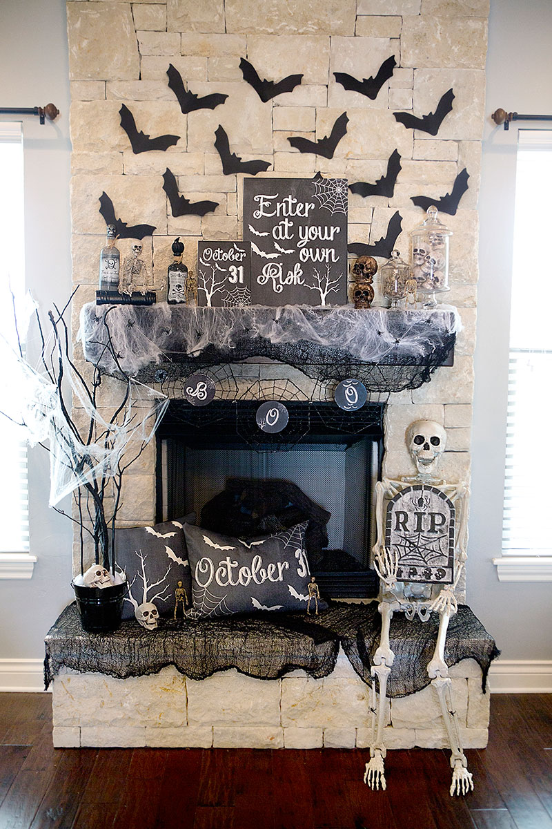 40 easy diy halloween decoration ideas homemade halloween decor projects - Halloween Home Decor Ideas