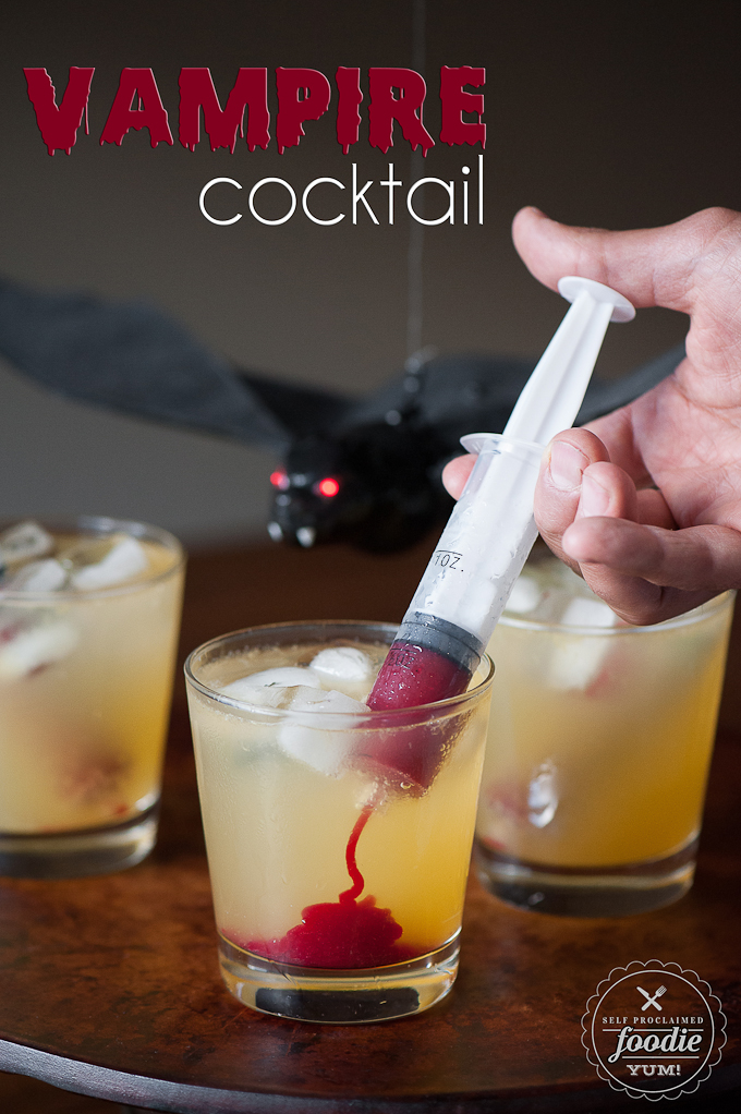 20 Easy Halloween Cocktails & Drinks - Recipes for Halloween Drink ...