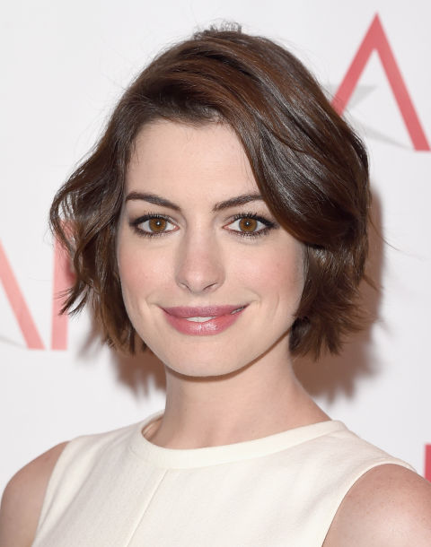 Hairstyles For Women Over 30 hairstyles over 30 years old Anne Hathaway