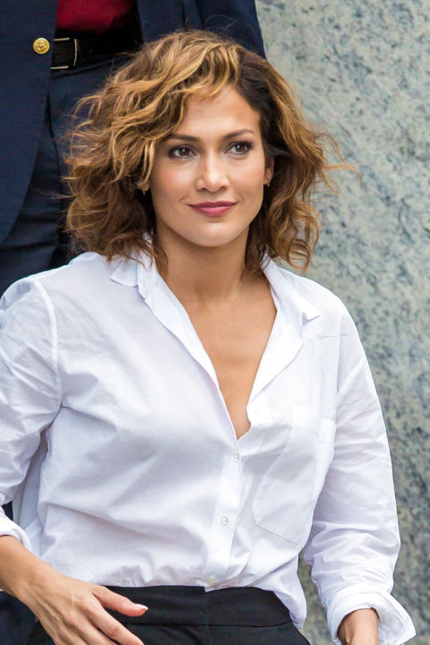 Hairstyles For Women Over 30 short hairstyles for women over 40_030 Jennifer Lopez