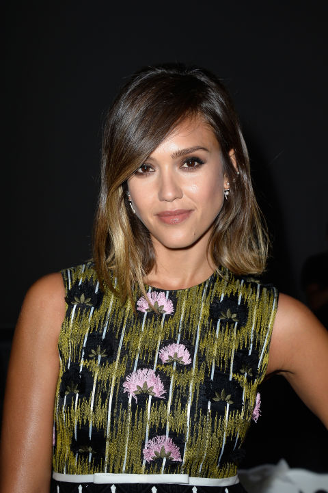 Hairstyles For Women Over 30 short haircuts for women over 30 Jessica Alba