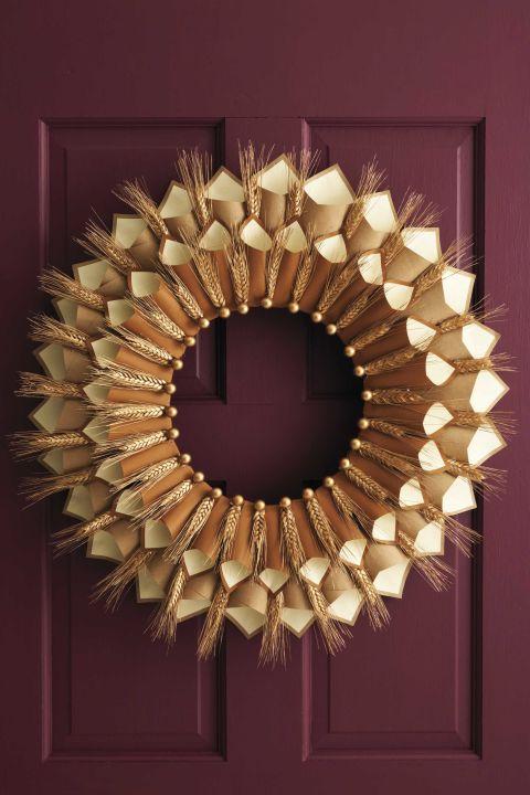 Fall Wreath Ideas Part - 21: Paper Cone Gratitude Wreath
