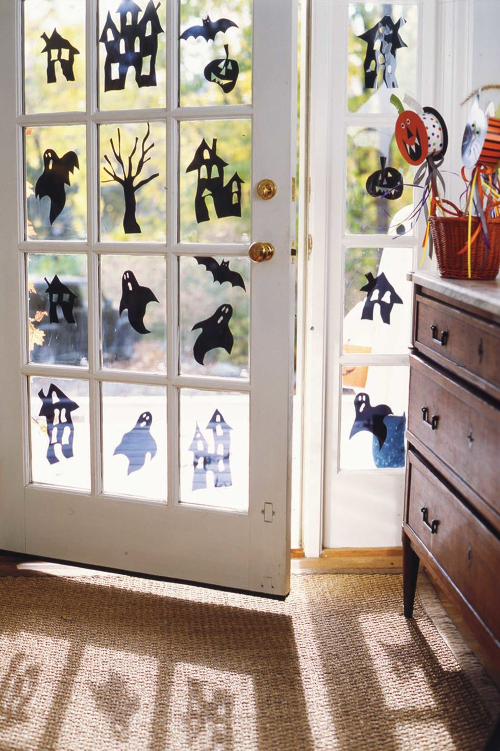 50 easy halloween decorations spooky home decor ideas for halloween - Ideas For Decorating For Halloween