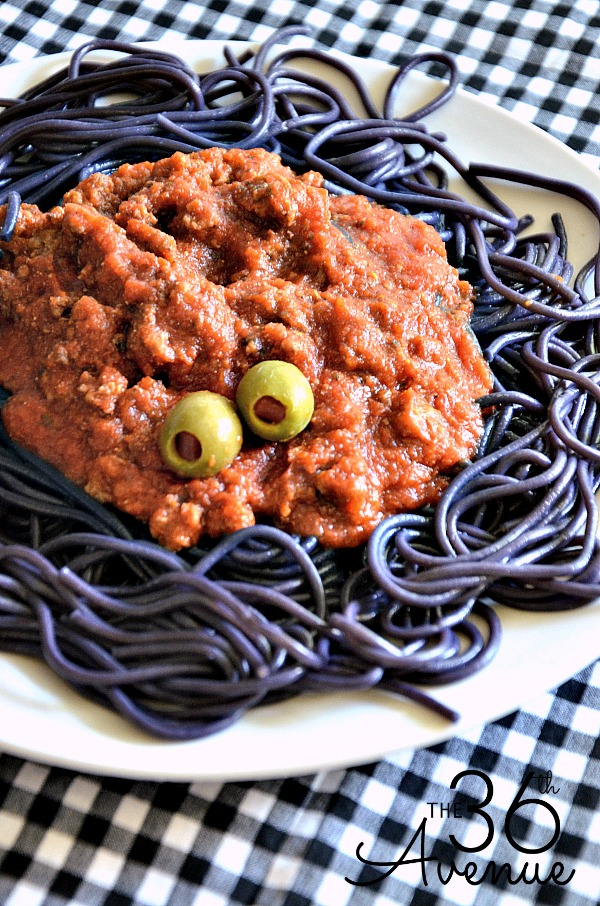 25 spooky halloween dinner ideas best recipes for halloween dishes - Halloween Meat Recipes