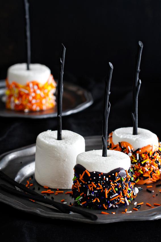 26 easy halloween dessert ideas best recipes for halloween desserts - Easy Halloween Baking