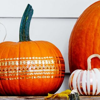have your halloween decor ready in no time with these easy pumpkin ideas - Pumpkin Halloween Ideas
