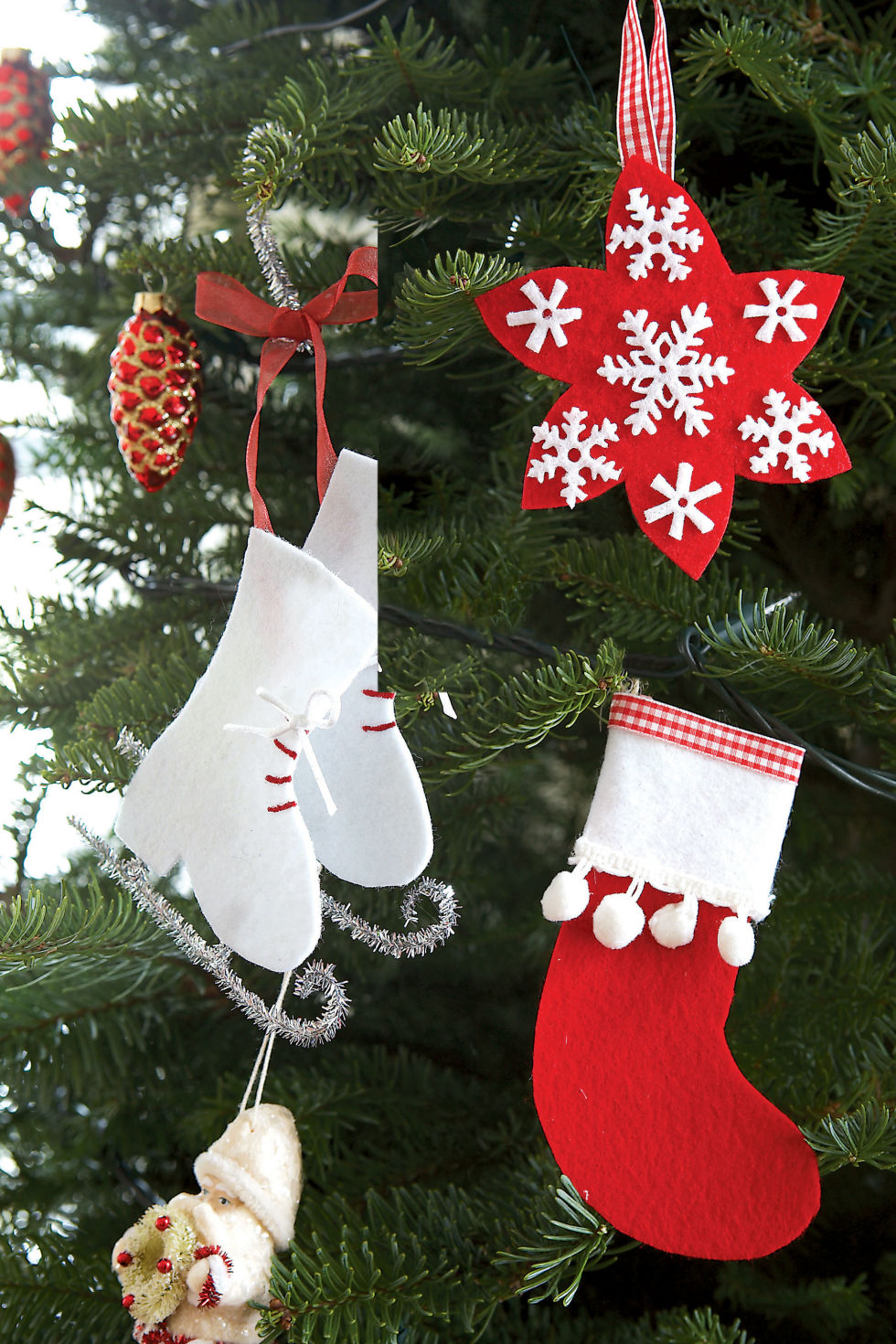 32 Homemade DIY Christmas Ornament Craft Ideas - How To Make Holiday  Ornaments