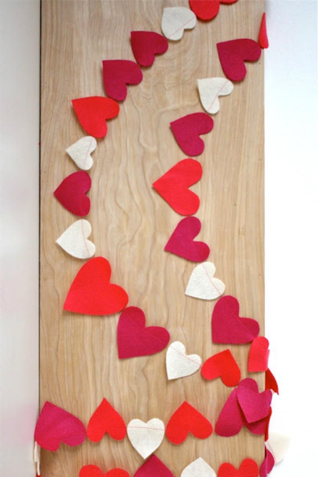 16 DIY Valentine's Day Decorations - Easy Valentines Day ...