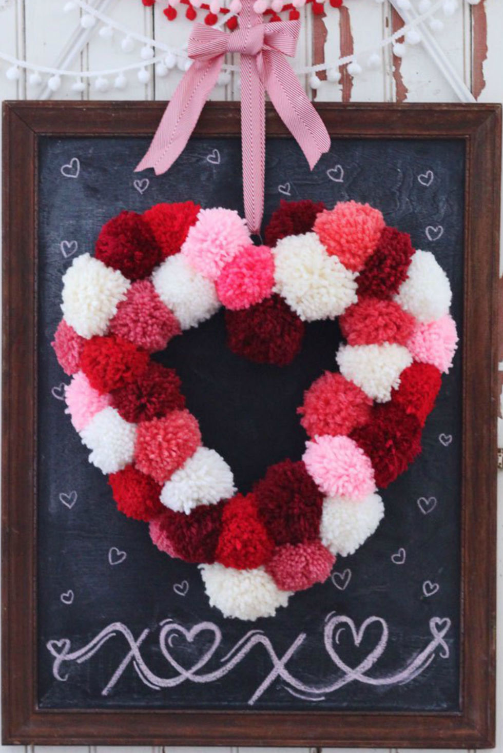 15 diy valentines day decorations easy valentines day decor ideas - Valentine Decorations To Make