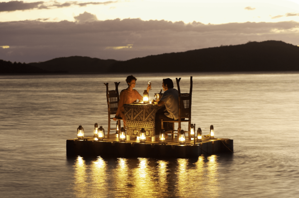 romantic dinner turtle fiji