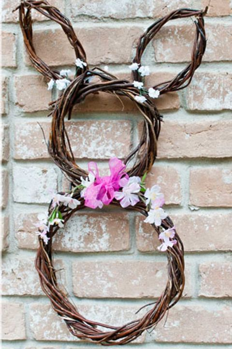 This blogger only spent $8 in supplies to create this unique holiday wreath. Get the tutorial at Clumsy Crafter.