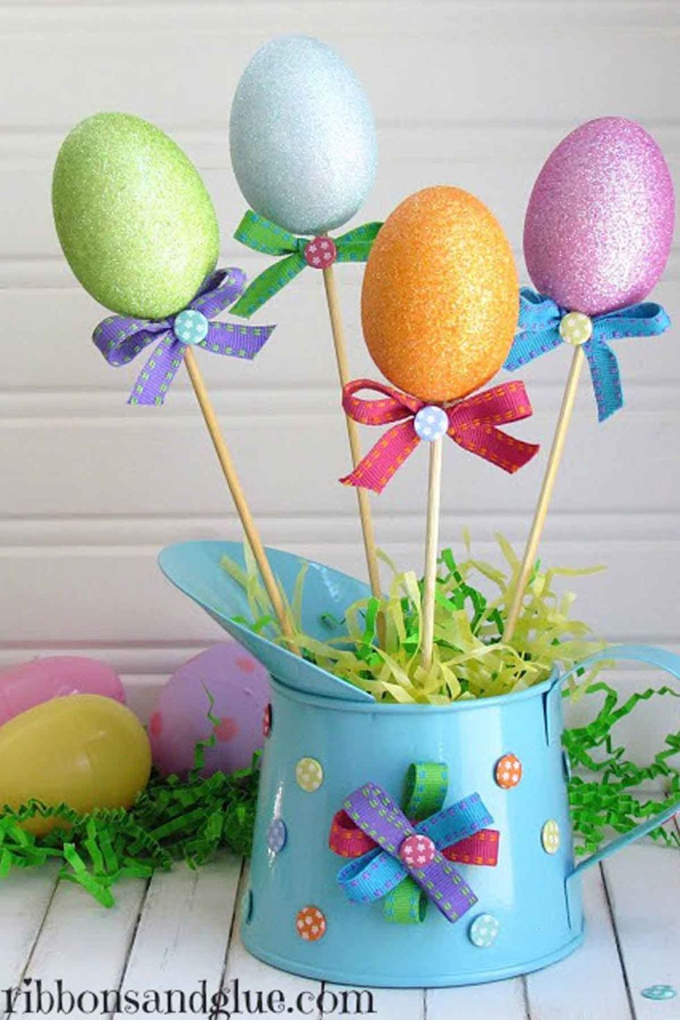 16 dollar store crafts that double as easter decor