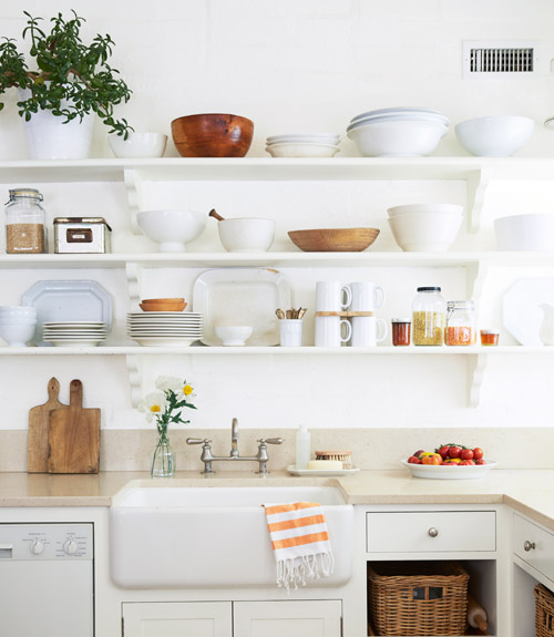 Kitchen Open Shelving Dust: 4 Organizing Trends That Need To Go Away Now