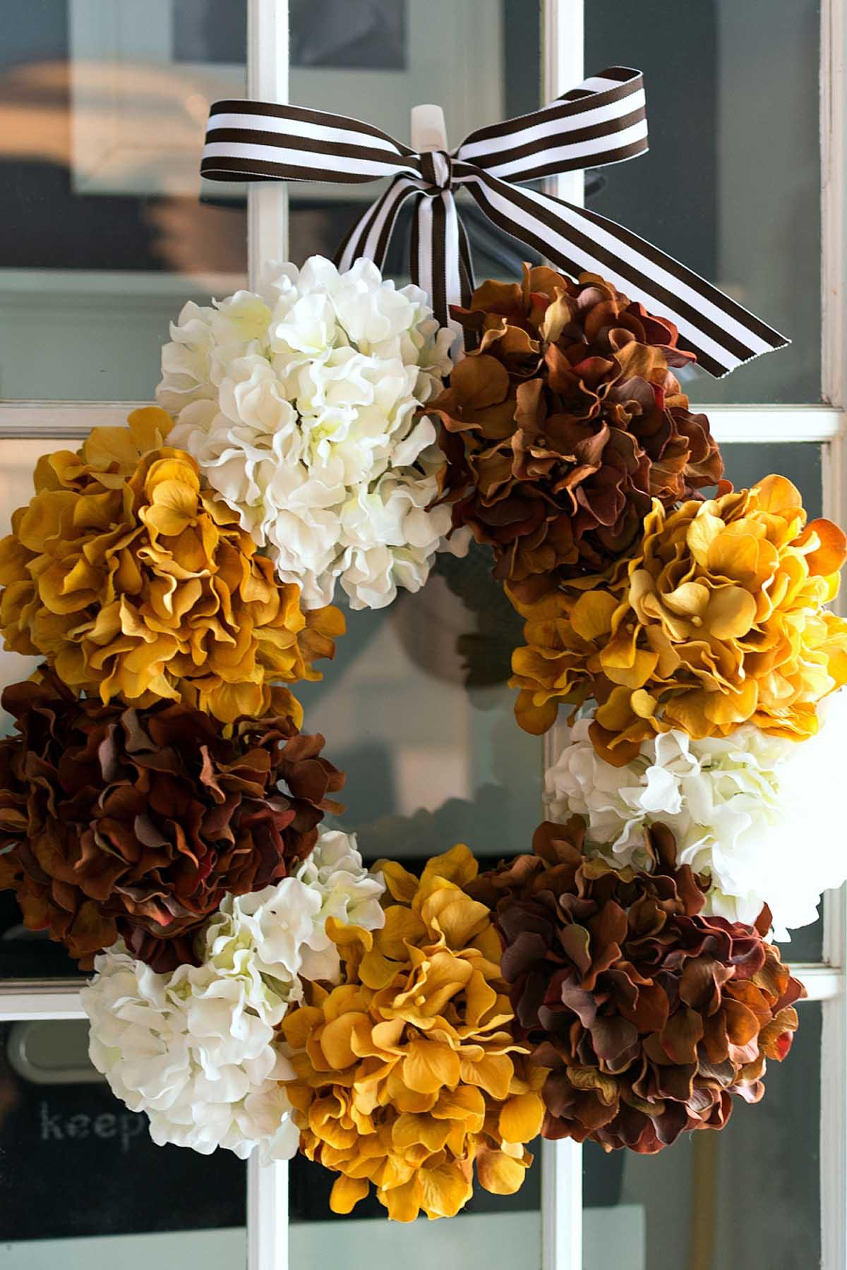 20 DIY Fall Wreaths - Easy Ideas for Autumn Wreaths