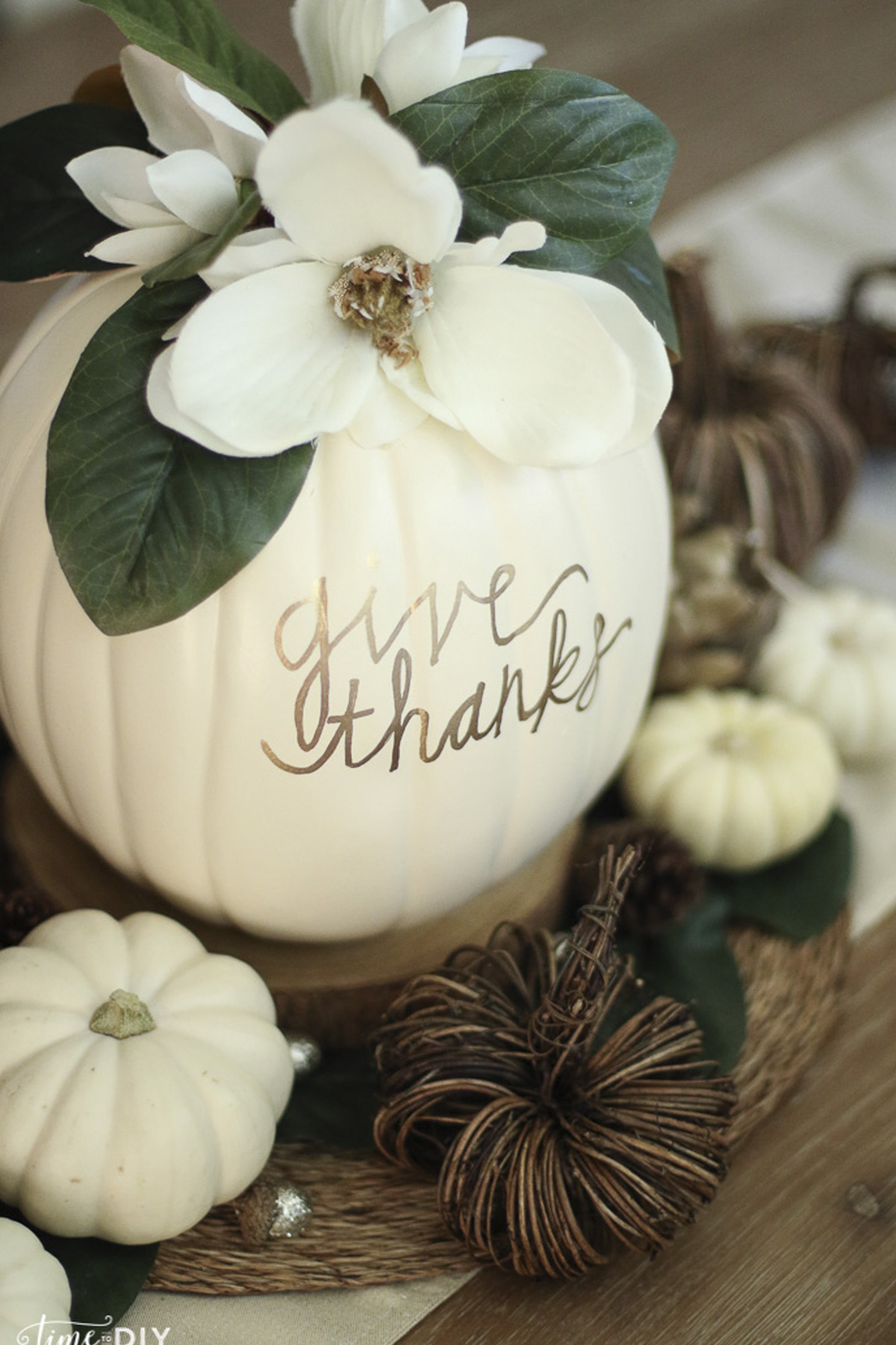 19 Easy Thanksgiving Decorations — Home Decor Ideas for ...