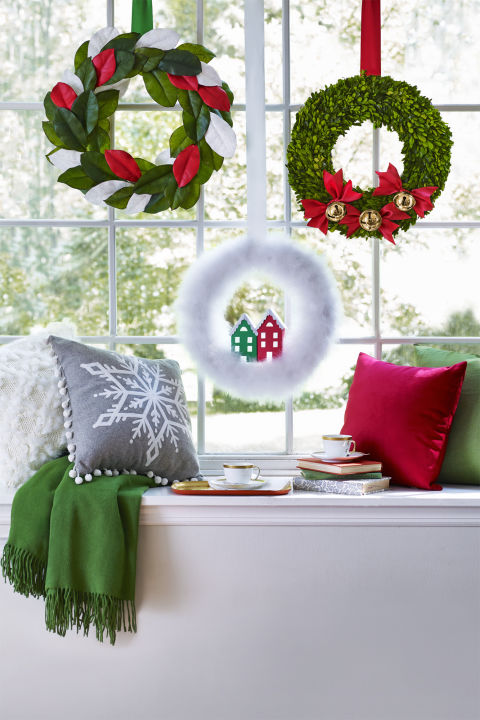 47 easy diy christmas decorations homemade ideas for for Diy christmas decorations for your home