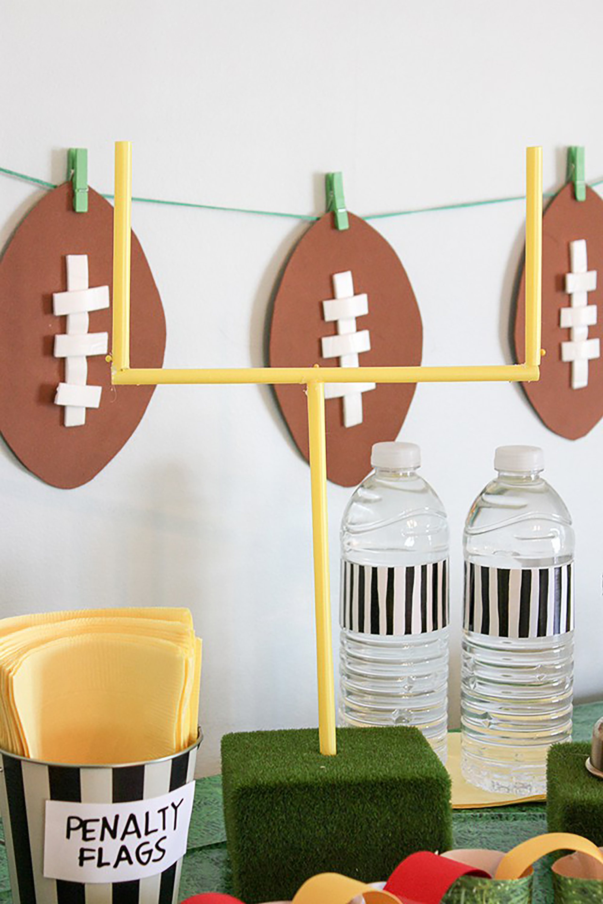 12 DIY Football Decorations for a Super Bowl Party ...