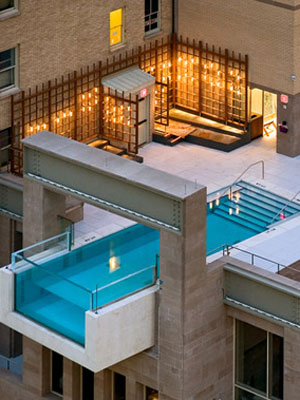 pool designed by architexas atop the joule hotel in dallas texas - Crazy Swimming Pools