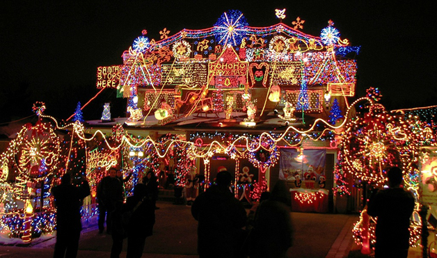Crazy Outdoor Christmas Lights At Womansday Photos Of