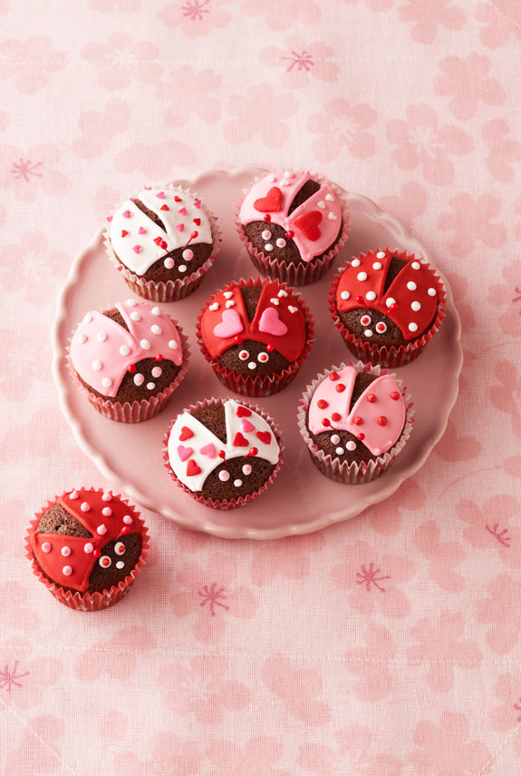 29 valentines day cupcakes and cake recipes easy ideas for valentines day cakes womansdaycom - Valentines Cupcakes Ideas