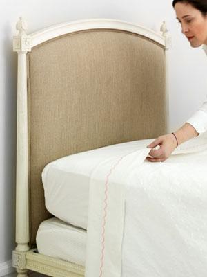 proper bed making etiquette 1