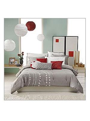 Dorm room essentials at dorm room ideas for Ty pennington bedroom designs