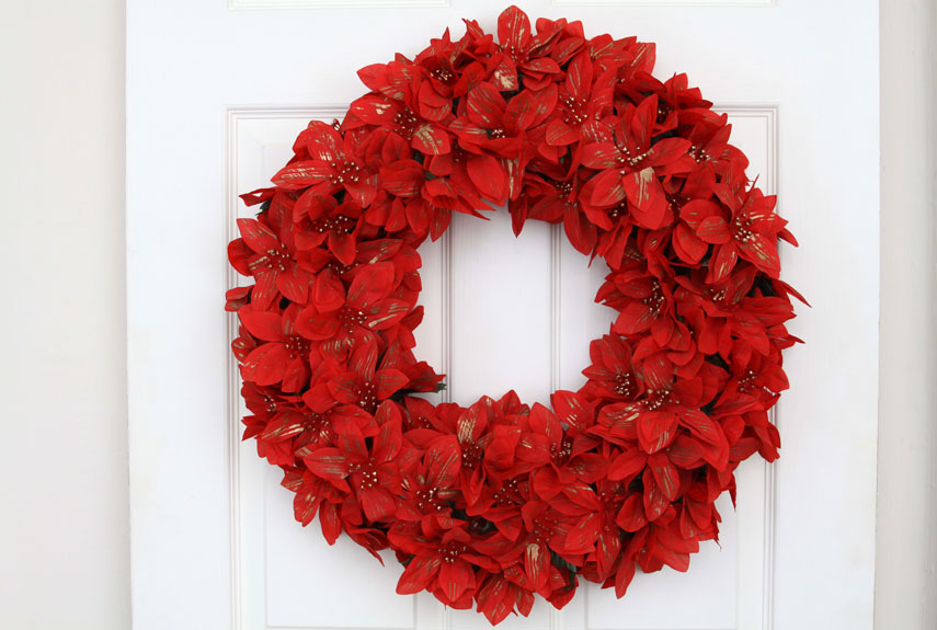 40+ DIY Christmas Wreath Ideas - How To Make a Homemade Holiday Wreath -  WomansDay.com