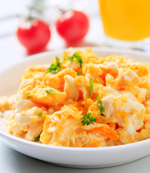 how to cook scrambled eggs correctly