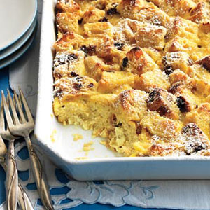 panettone bread pudding with eggnog