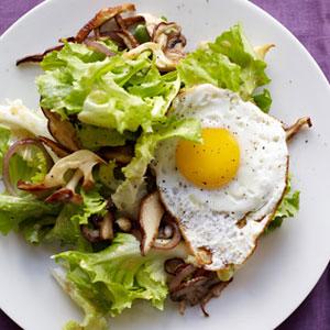 Escarole Red Onion Mushroom And Egg Salad