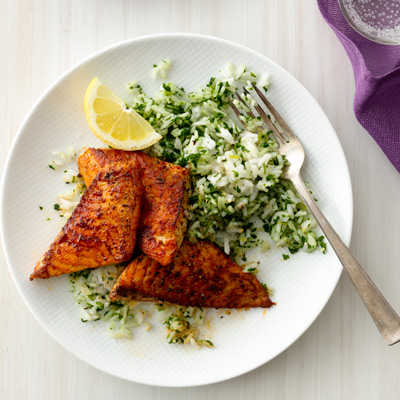 Blackened fish with green rice recipe for Rice recipes to go with fish
