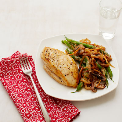 Chicken with Creamy Green Beans and Mushrooms Recipe