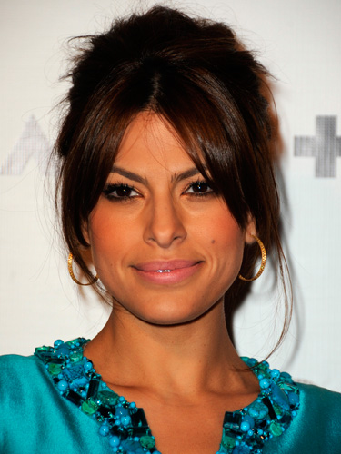 10 Eva Mendes Hairstyles Haircuts And Color Ideas