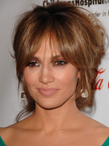 9 Jennifer Lopez Hairstyles Cuts And Colors