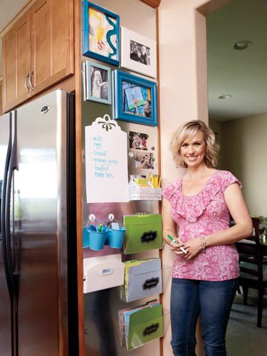 Family command center how to organize your kitchen - Simple ways of keeping your home organized using magnetic picture frames ...