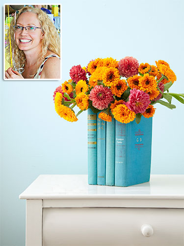 Diy book vase how to make a vase of books - Diy uses for old books ...