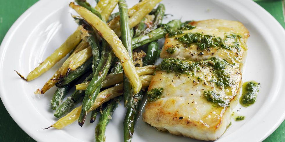 COD WITH BEANS, CORN AND PESTO